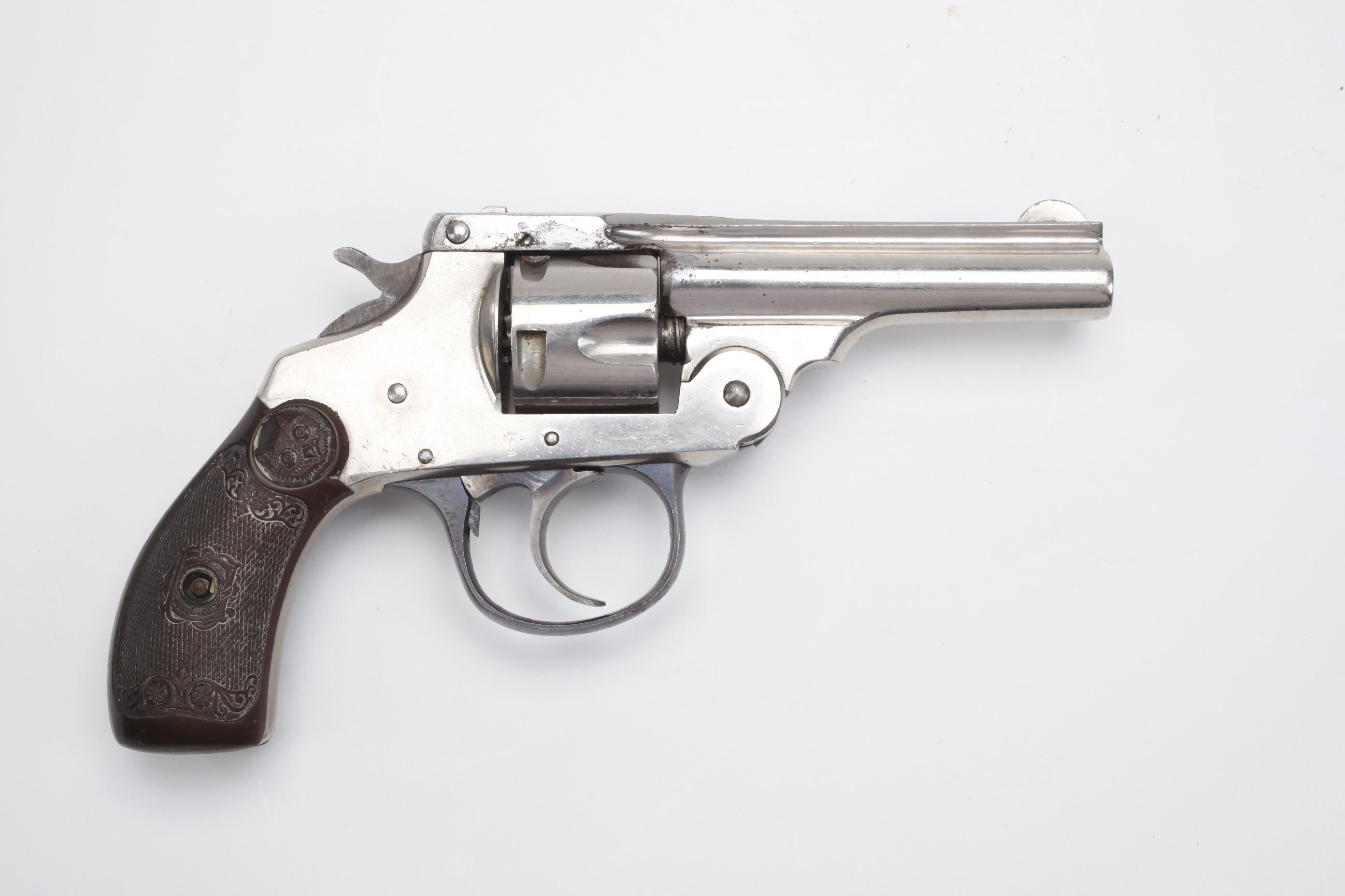 Iver Johnson revolver (1)
