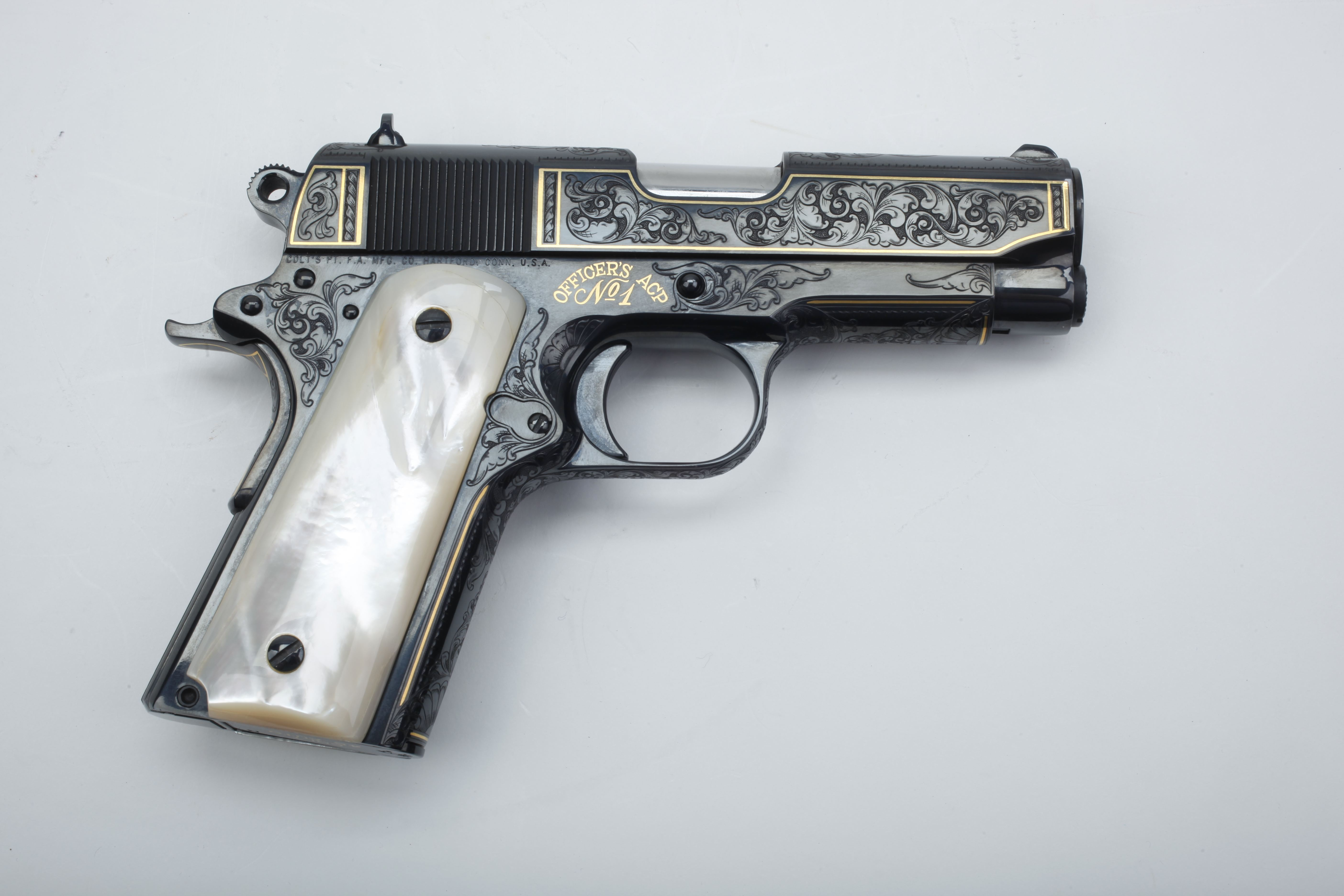 Colt Officers' Pistol (1)