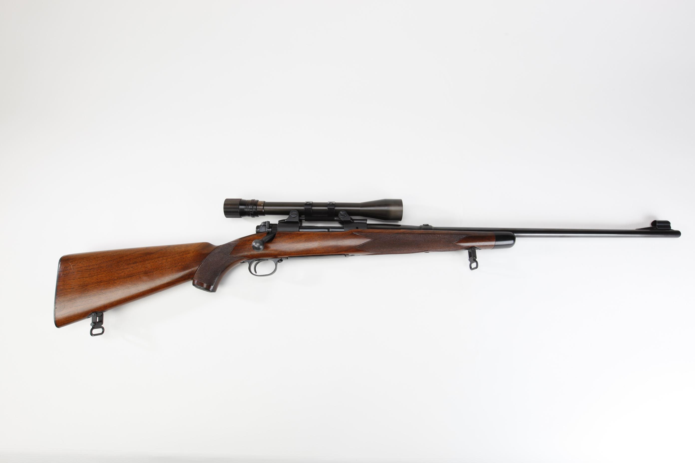 Winchester Model 70 Bolt Action Rifle w scope